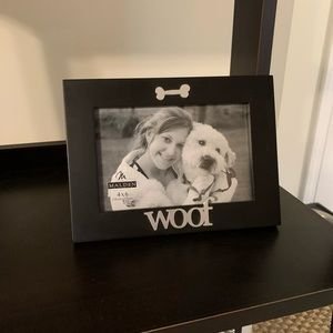 """""""WOOF"""" Dog Picture Frame"""